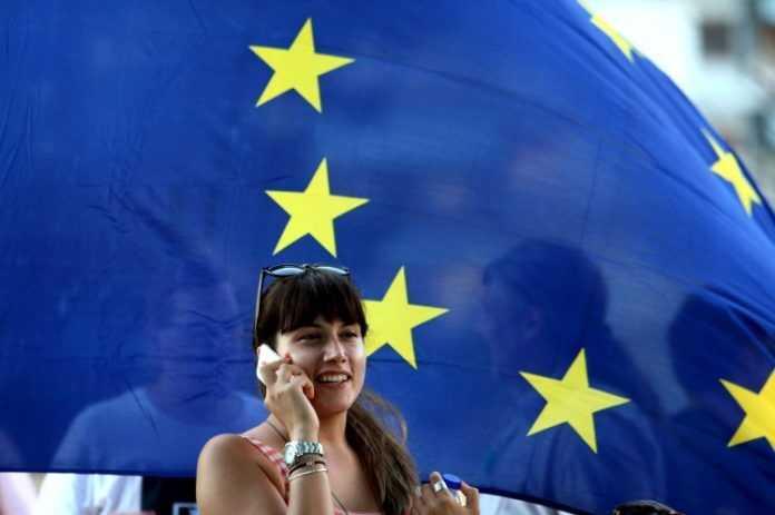 Addio roaming chiamate e navigazione internet all 39 estero for Roaming abolito