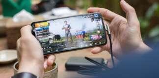 videogiochi console mercato mobile videogames giocatori appassionati xbox series x ps5 pc mobile