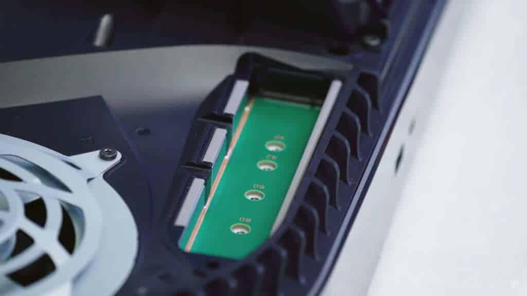 PS5 slot espansione SSD M2